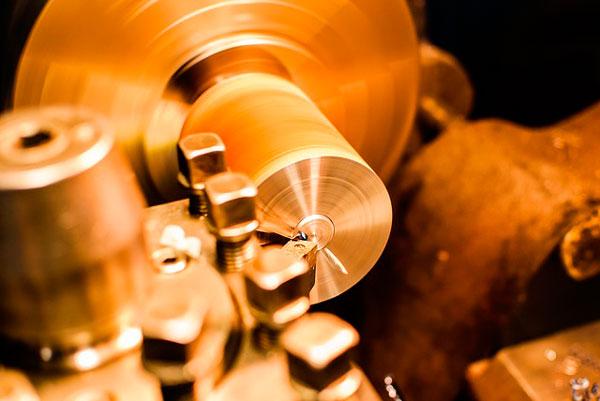 taller de mecanizado de piezas